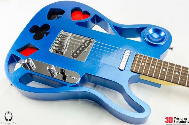 用桌面ca88亚洲城也能制作如此精美的电吉他