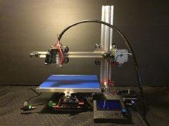 <b>集3D打印、雕刻、测绘为一体的Reach 3D打印机售价249刀</b>