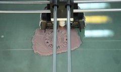<b>如何防止3D打印机打印模型起翘变形?</b>