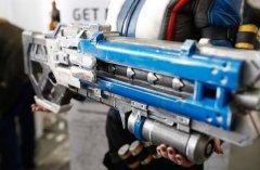 Cosplay:3D打印暴雪娱乐射击游戏Overwatch枪支