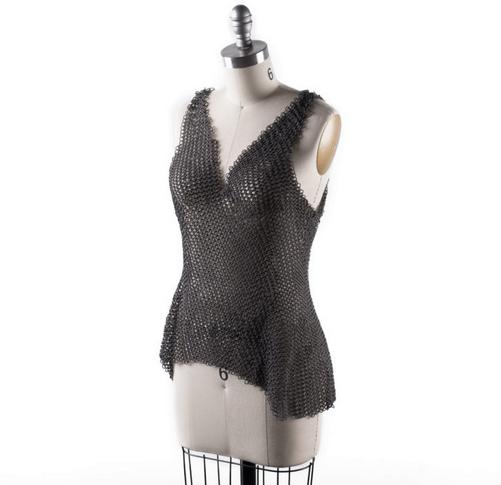 NS展示新款3D打印服装:由超1万个尼龙单元组成