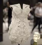 <b>美cry!全球首款3D打印TPU婚纱惊艳亮相</b>