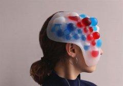 伦敦学生使用3D打印开发面部情绪可视化的软体面具