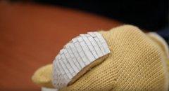 麦克吉尔大学工程师使用3D打印制作不渗透的鱼鳞手套