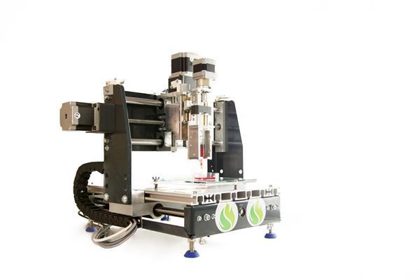 研究人员使用开源的Vitaprint生物3D打印机打印耳形血管