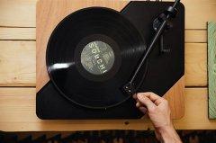 <b>意大利公司使用3D打印复制Logigram唱片机唱盘</b>