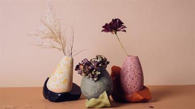 丹麦工作室利用算法和3D打印技术创造出色彩丰富的花瓶