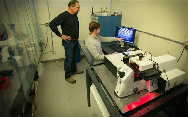 瑞士团队开创紧凑的低功率激光3D打印技术,具有手术应用的潜力