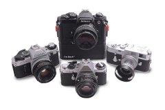 3D打印附件将35毫米相机转换为混合数码相机