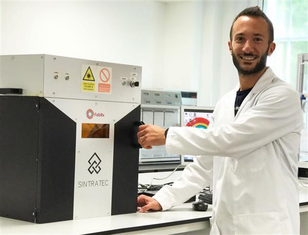 """英国生物技术公司FabRx使用SLS 3D打印药片""""Printlet"""""""
