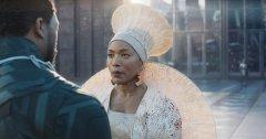 <b>Materialize联手设计师为好莱坞大片《黑豹》3D打印女王盛装</b>