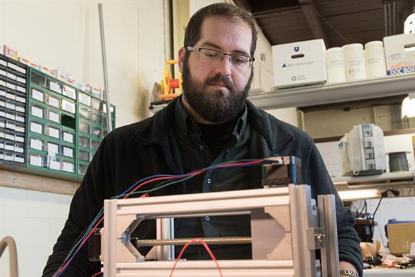 E&G和美国海军使用HP Jet Fusion技术探索3D打印爆炸物