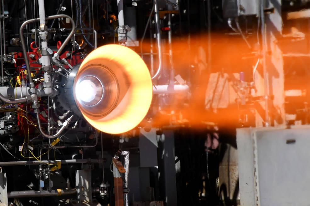 美国宇航局成功测试火箭发动机3D打印铜燃烧室