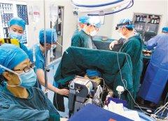 3D打印可动人工颈椎假体研制成功