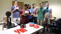 阿拉巴马大学学生使用3D打印模拟器用于护理培训