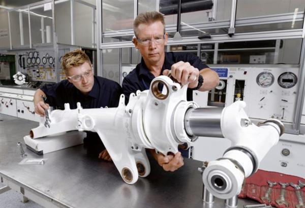 RMIT团队研究用于制造澳洲飞机零件的激光金属3D打印技术
