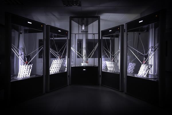 WASP建造轻量级的3D打印农场Trabeculae Pavilion
