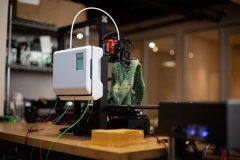 Mosaic Manufacturing推出499美元可多色,多材料的3D打印设备