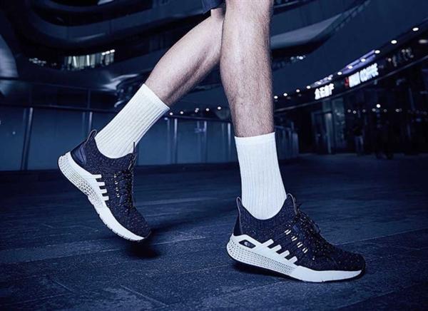 599元!小米众筹3D打印运动鞋发布:镂空缓震