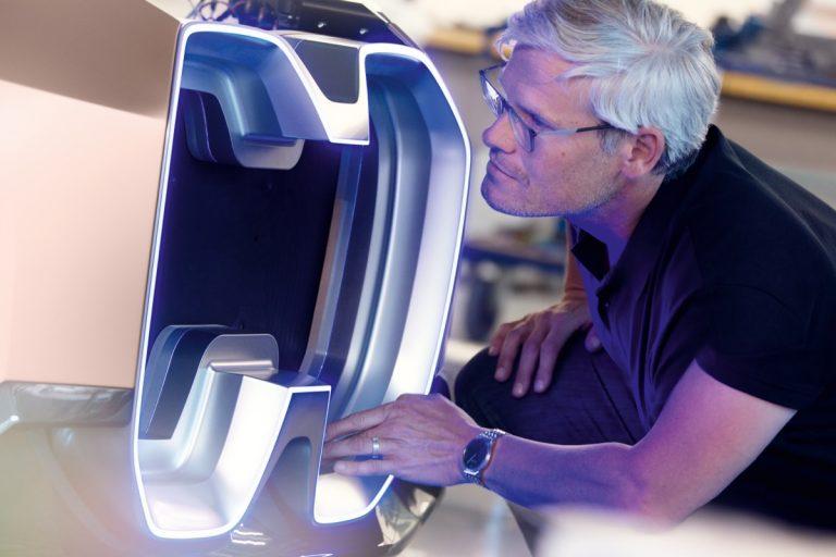 3D打印格栅为全新BMW Vision iNEXT助力