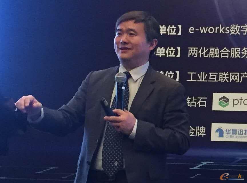 e-works 总编黄培博士