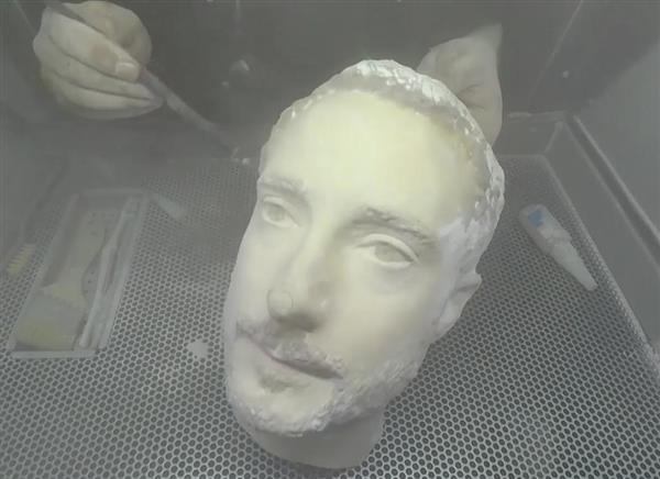 3D打印头可解锁顶级安卓智能机,iPhone X没成功