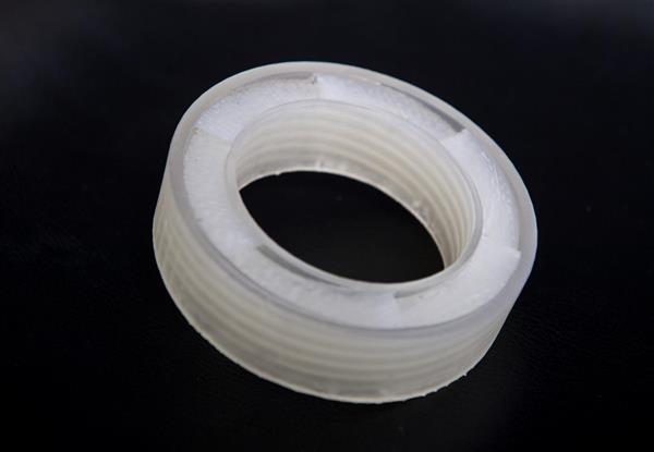 BU研究人员3D打印'声学超材料',在不阻挡气流的情况下消声