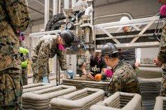 美国海军陆战队使用ICON 3D打印机在战场快速创建混凝土结构